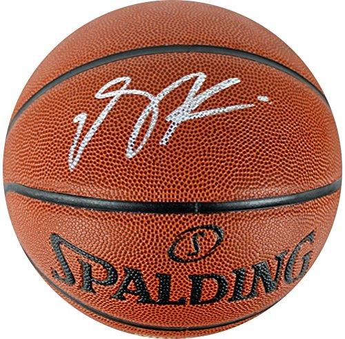 buy online 2fe94 5a7e4 Derrick Rose Sports Memorabilia from Sports Memorabilia On ...