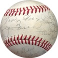 1979 New York Mets w/ Willie Mays Autograph Sports Memorabilia, Click Image for more info!