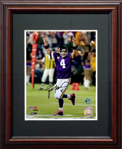 Brett Favre Autograph Sports Memorabilia from Sports Memorabilia On Main Street, sportsonmainstreet.com