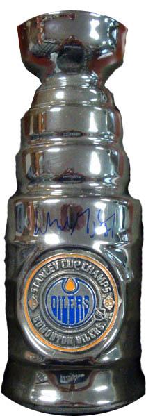 WayneGretzky Autograph Sports Memorabilia from Sports Memorabilia On Main Street, sportsonmainstreet.com